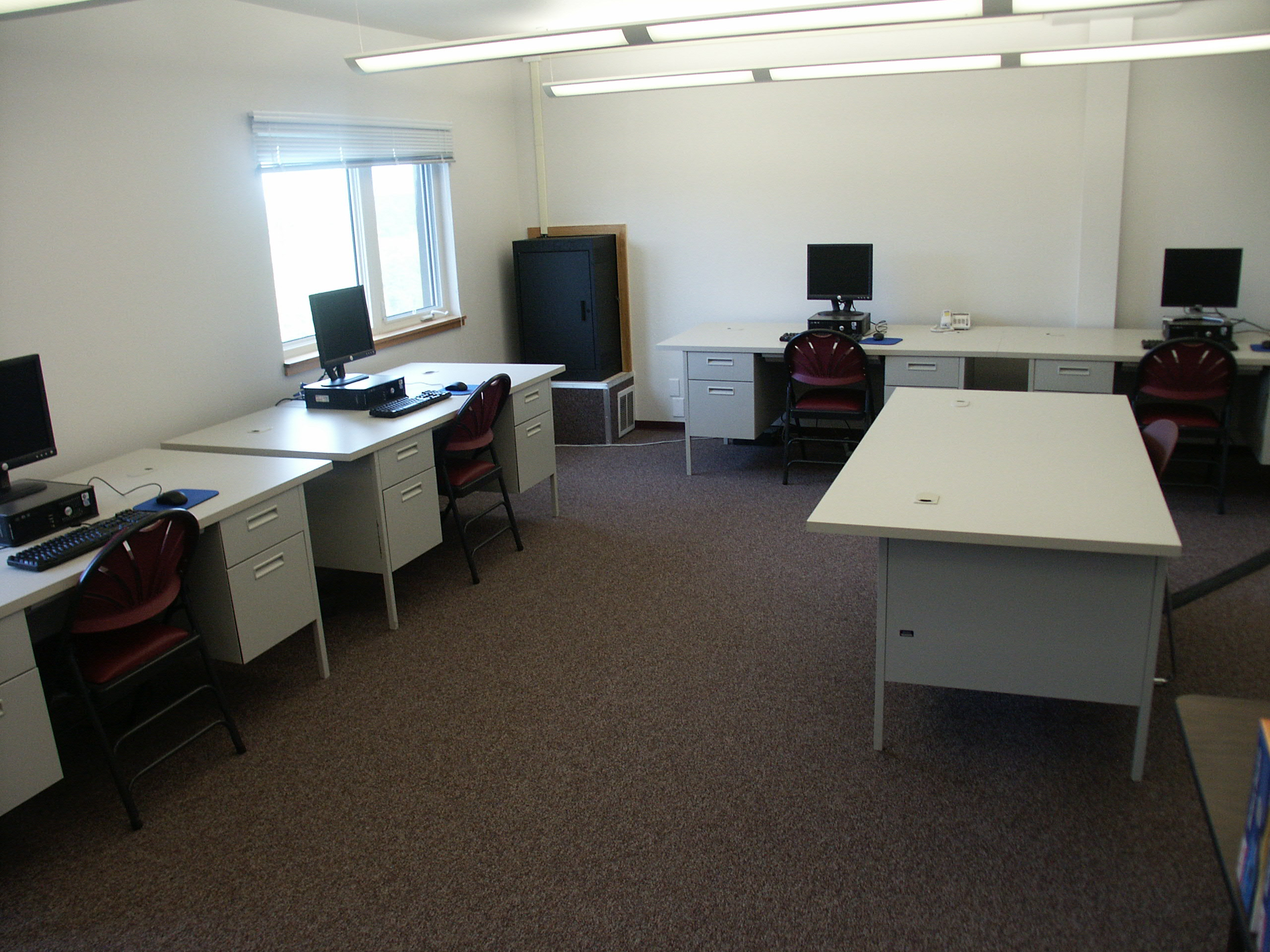 Distance education and small computer learning lab southwest distance education and small computer learning lab room 243 capacity 6 freerunsca Images